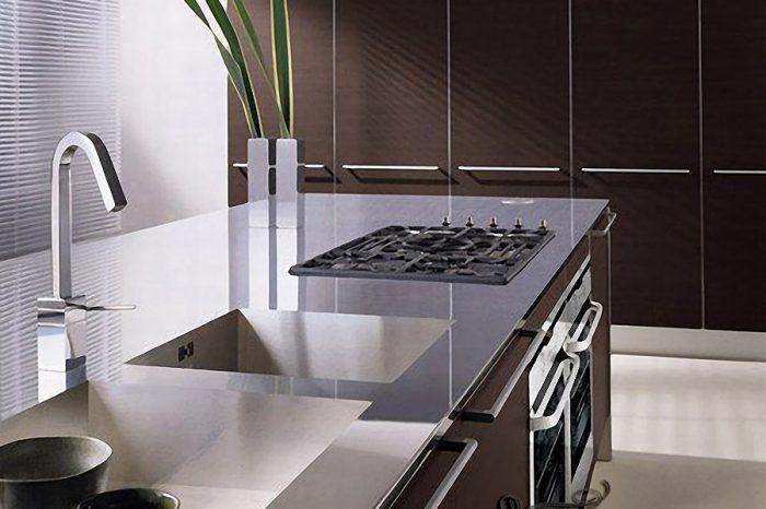ev-tarzi-laminant-mutfak-modelleri-18