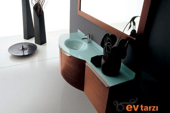 ev-tarzi-ozel-tasarim-banyo-dolabi-23