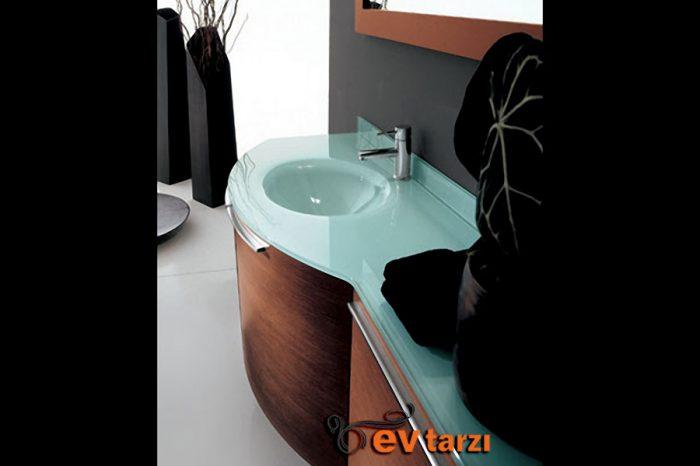 ev-tarzi-ozel-tasarim-banyo-dolabi-79